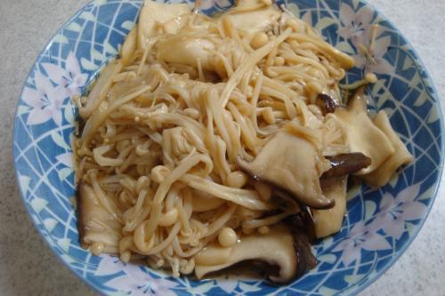 100505-040きのこ煮(縮小)