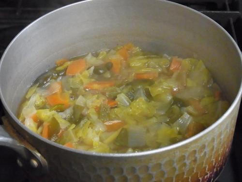 110410-030野菜のコンソメスープ煮(縮小)