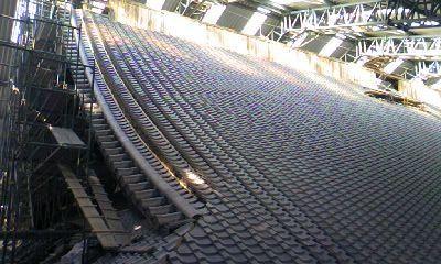 改修中の屋根