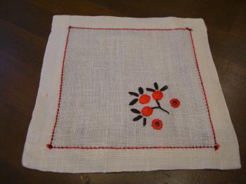 刺繍コースター つぼみ赤