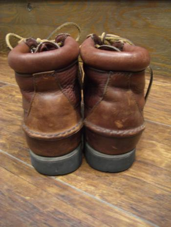 Timberland LEATHER BOOTS 後ろ