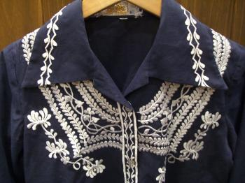 刺繍コットンシャツ ネイビー アップ