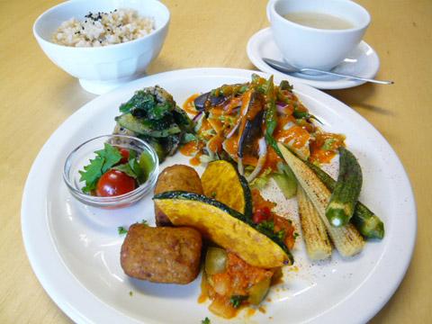 lunch_1007.jpg