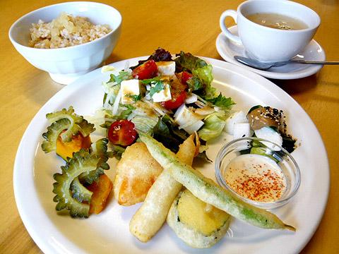 lunch_1008.jpg