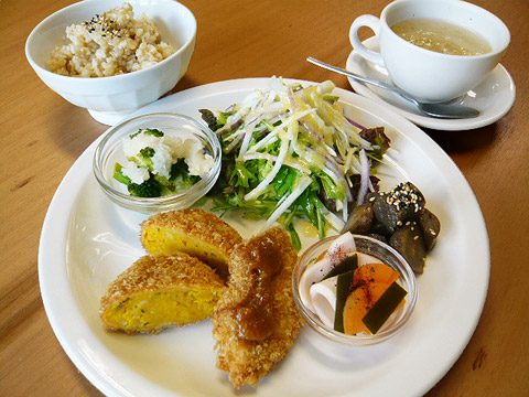 lunch_1102.jpg