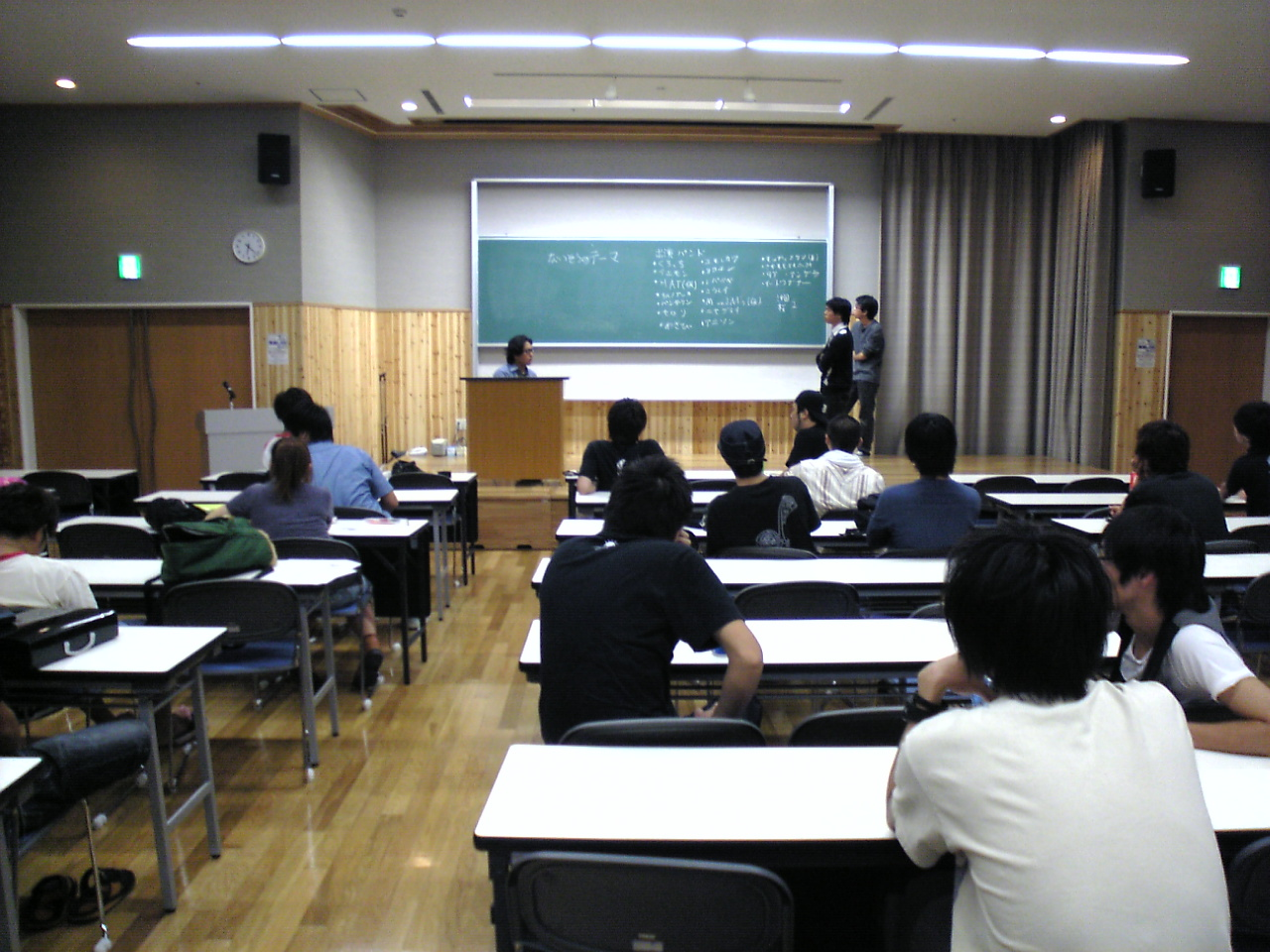 沖大祭_会議_07