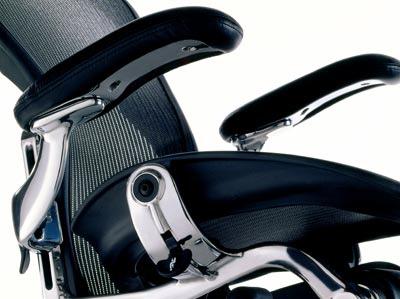 アーロンチェエア 人体工学デザイン 椅子 メッシュ 角度