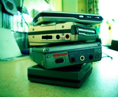 Walkman 積み上げる たくさん 色