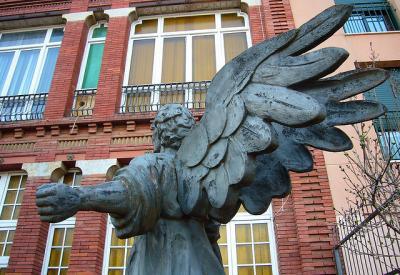 天使 銅像 風景
