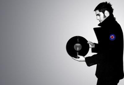レコード モノクロ アナログ 男性 ポートレート 人