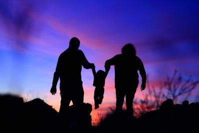 家族 ファミリ 影 夕日