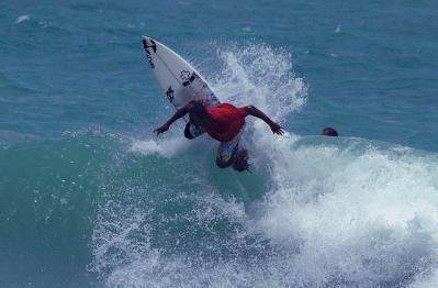 サーフィン 波 海 人 スポーツ