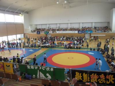 H22.5.2~3 少年レスリング北日本大会 018