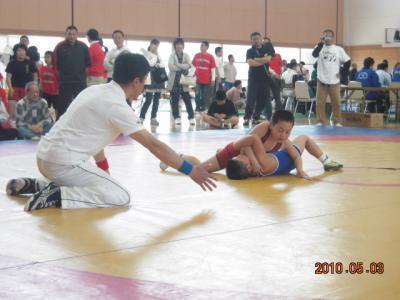 H22.5.2~3 少年レスリング北日本大会 024
