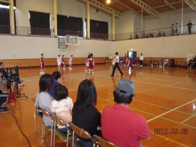 平成22年5月23日 八中バスケ練習試合 001