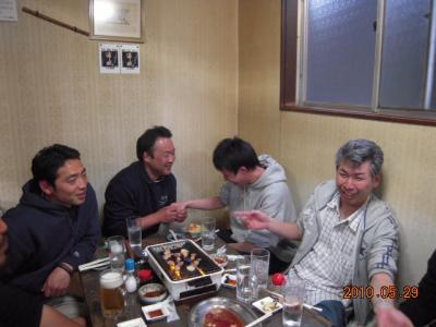 平成22年5月29日 石井コーチ就職祝い 019
