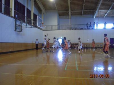 平成22年6月5日 八中男バス練習試合 003