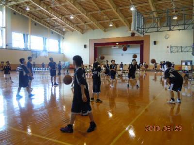 平成22年8月29日  八中バスケ練習試合 001