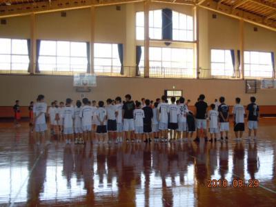 平成22年8月29日  八中バスケ練習試合 022