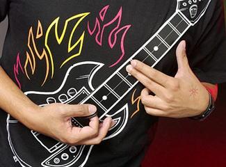 guitarshirt-06.jpg