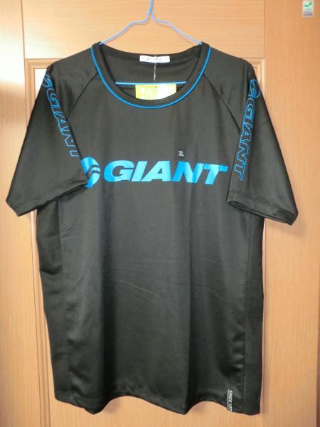 2011ジャイアントTシャツ・1