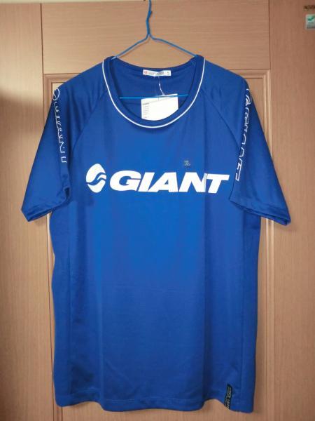 2011ジャイアントTシャツ・2