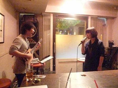 ホストvo山下みさ子さんとセッション参加ギタリスト