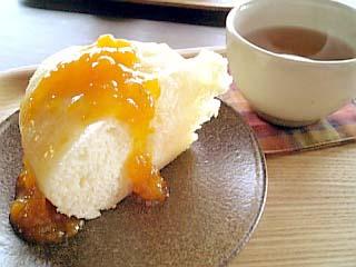 犬島アートプロジェクト「精錬所」チケットセンターカフェ 蒸しケーキ ジャム付き