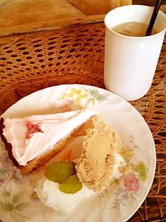 あずみ野 IN 鞆の浦 SAKURAのタルト+紅玉りんごジュース