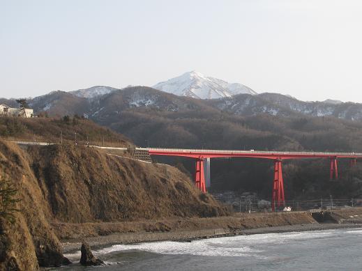 恋人岬からの米山