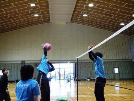 2月スポーツ交流会(バレー)