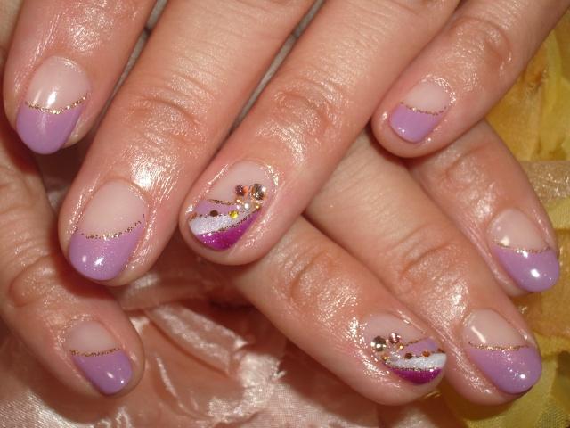 紫フレンチ華やかネイル