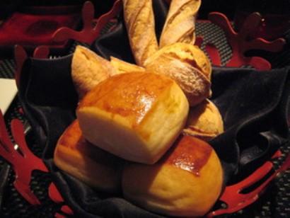 おいしいランチ ラトリエ ドゥ ジョエル・ロブション 六本木ヒルズ 自家製パン ネイルサロンマジーク池袋店 鈴木雅子100915