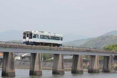 201005041