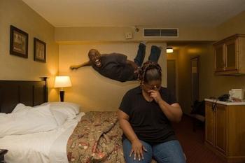 bed_jumping_07.jpg