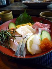 別府のはなれんこんで新鮮!海鮮丼定食ランチ。