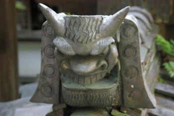 円成寺鬼瓦