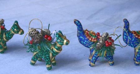 christmas09-ornaments.jpg