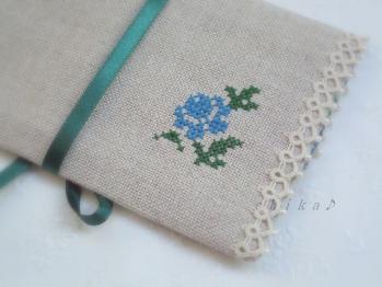 リネンのポーチ 裏の刺繍 2010-07-10 17-43-58 4000x3000
