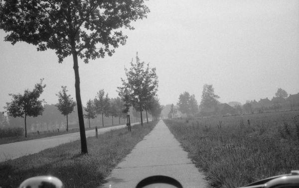 fietspad wit en zwaart  klein
