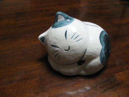 ネコの貯金箱 008