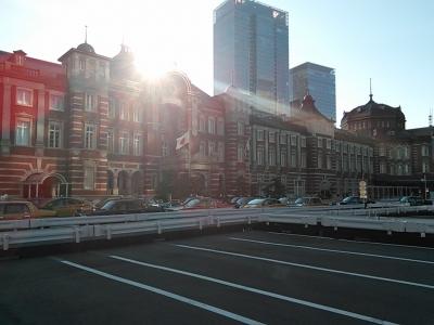 東京駅(朝日)