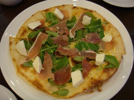 アルバールピザ1