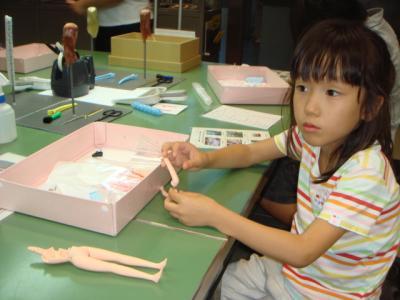 2009年9月 わたしの仕事館 リカ組み立て