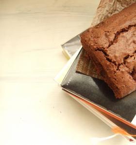 ドライフルーツのチョコレートケーキ