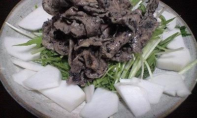 豚しゃぶ黒ゴマサラダ