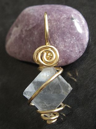 Wrapped fluorite