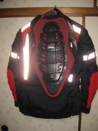 新ジャケット後ろから_convert_20101030231949