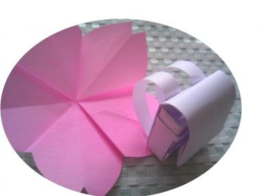 折り紙 桜とランドセル