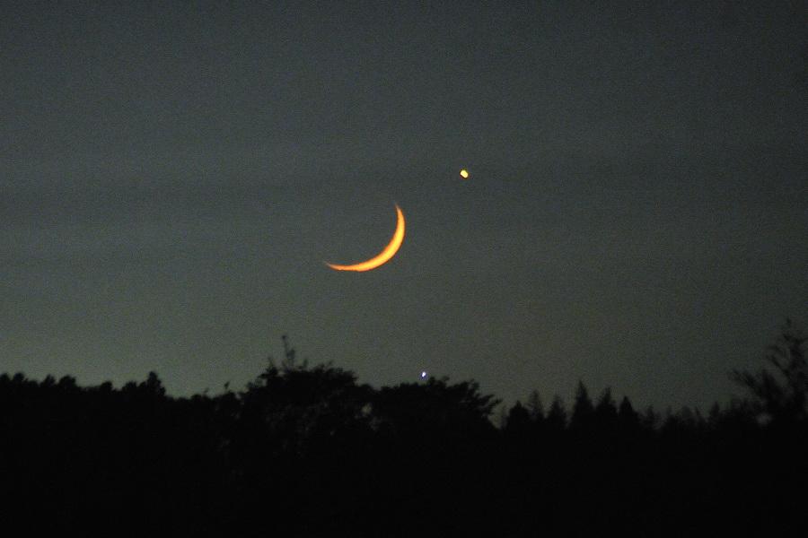 月と金星4